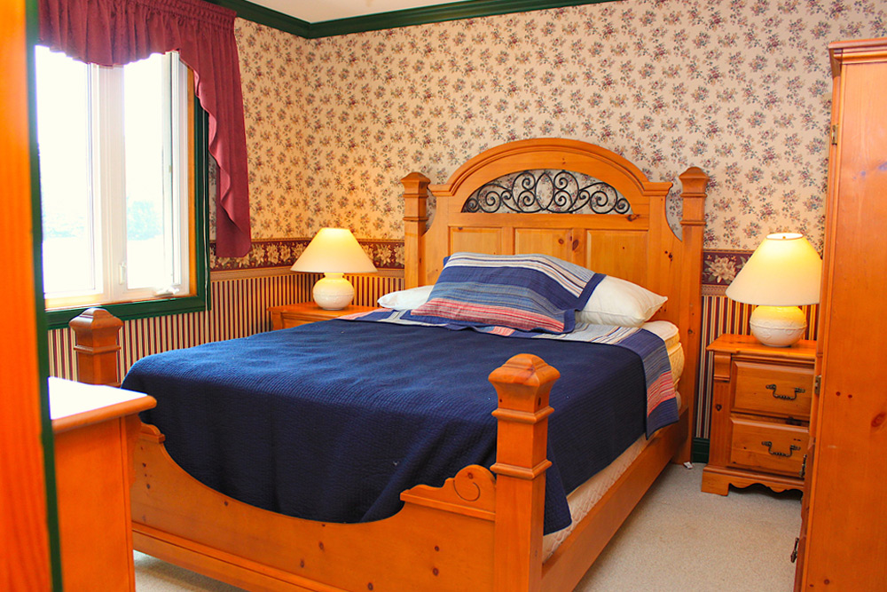 15 Master-bedroom---Queen