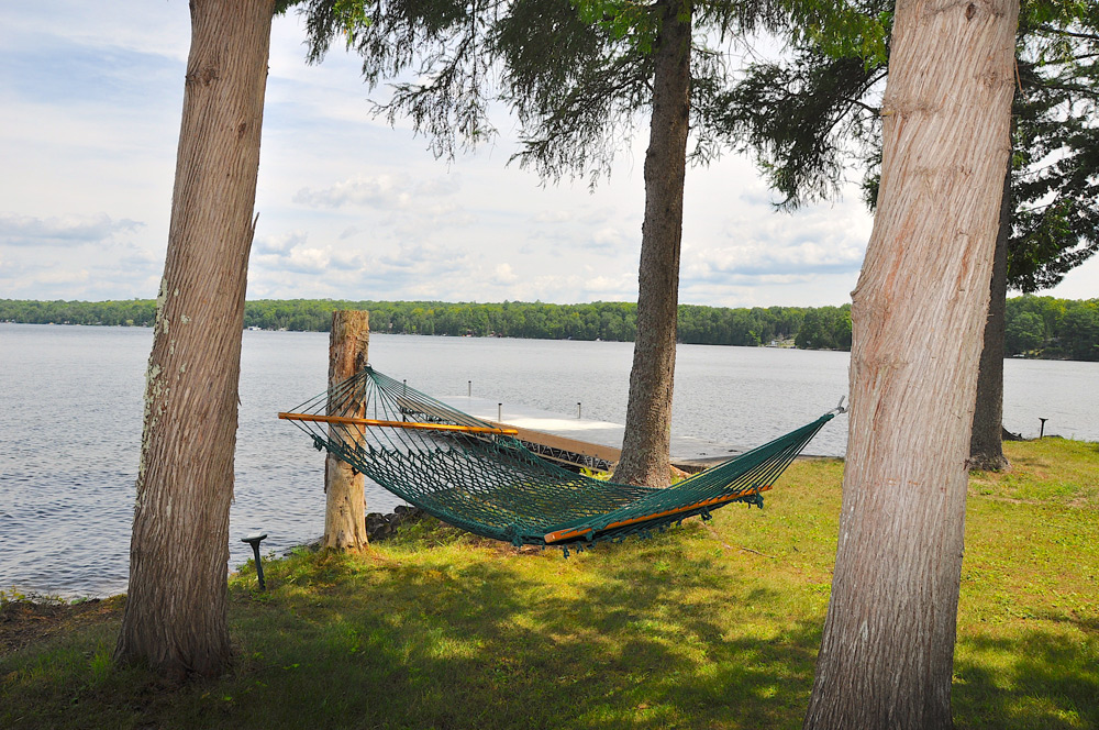 18-Hammock-by-the-water