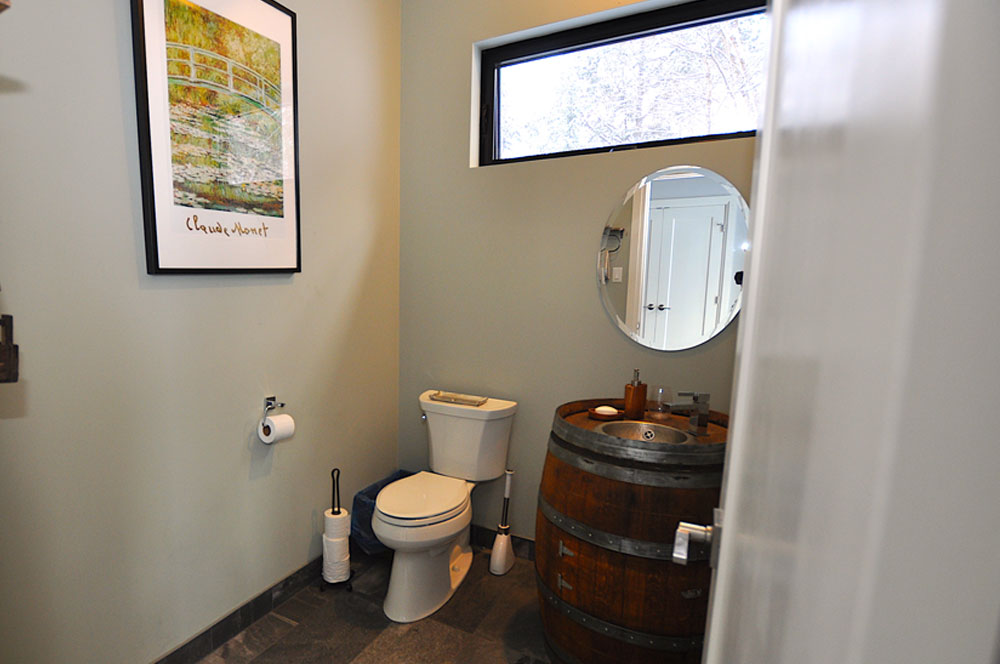 Haliburton Cottage - Growler Lake - Powder-room-at-main-entrance