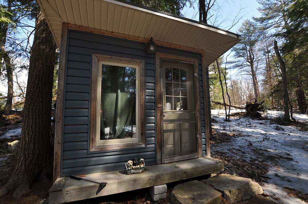 33 Bunkie-2-with-single-bed