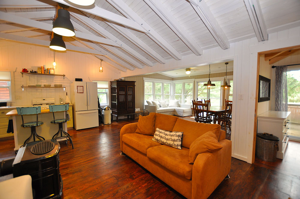 12 Cottage-interior-view-1