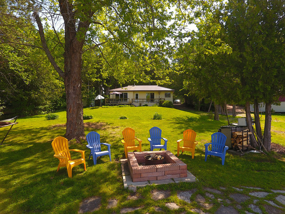 4 Waterfront-fire-pit-and-large-lawn