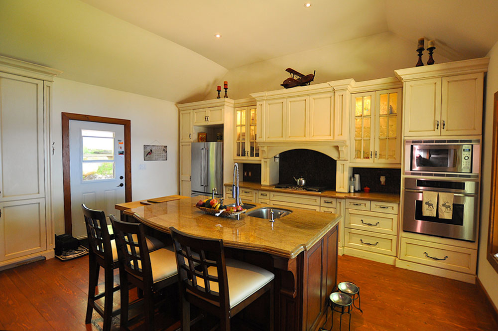 5 Gourmet-Kitchen-view-2