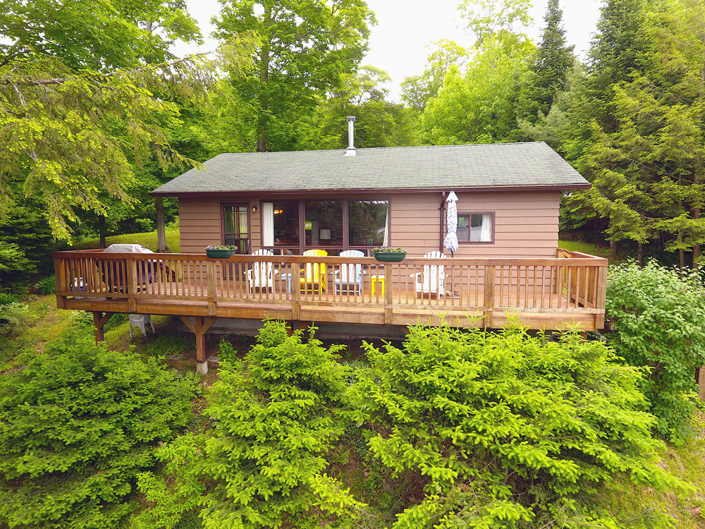 Haliburton Cottage 12-Mile-Lake-Pine-Perch-Lake-view-deck