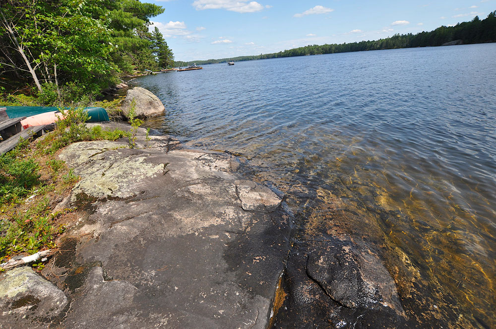 29 Slopping-granite-shoreline