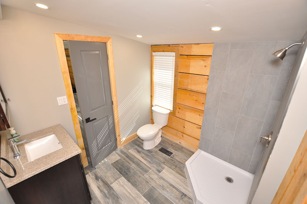 Bentley Lake Edgewater Escape  Bathroom-4---off-the-laundry-room-and-the-deck