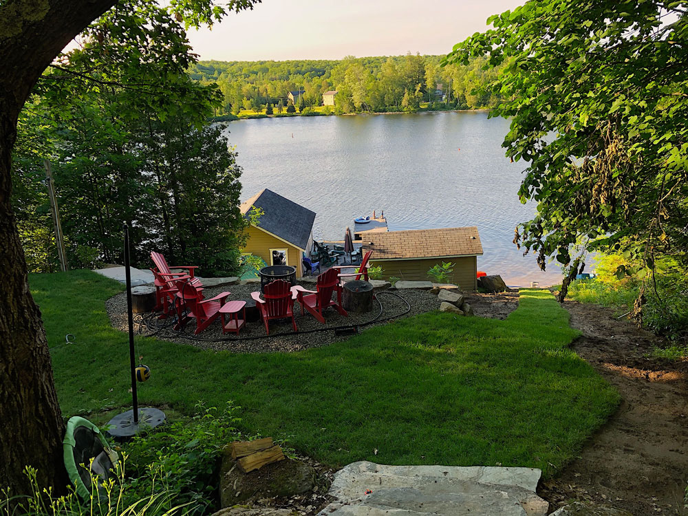 3a Front-lawn-firepit-and-waterfront