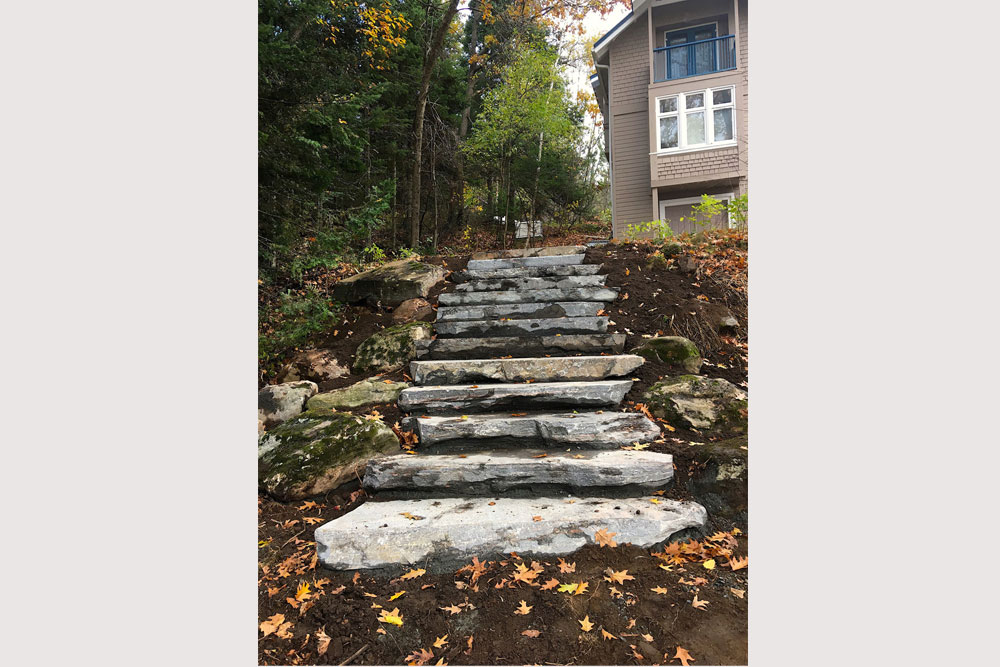 31-Landscaping-steps-down-from-the-cottage