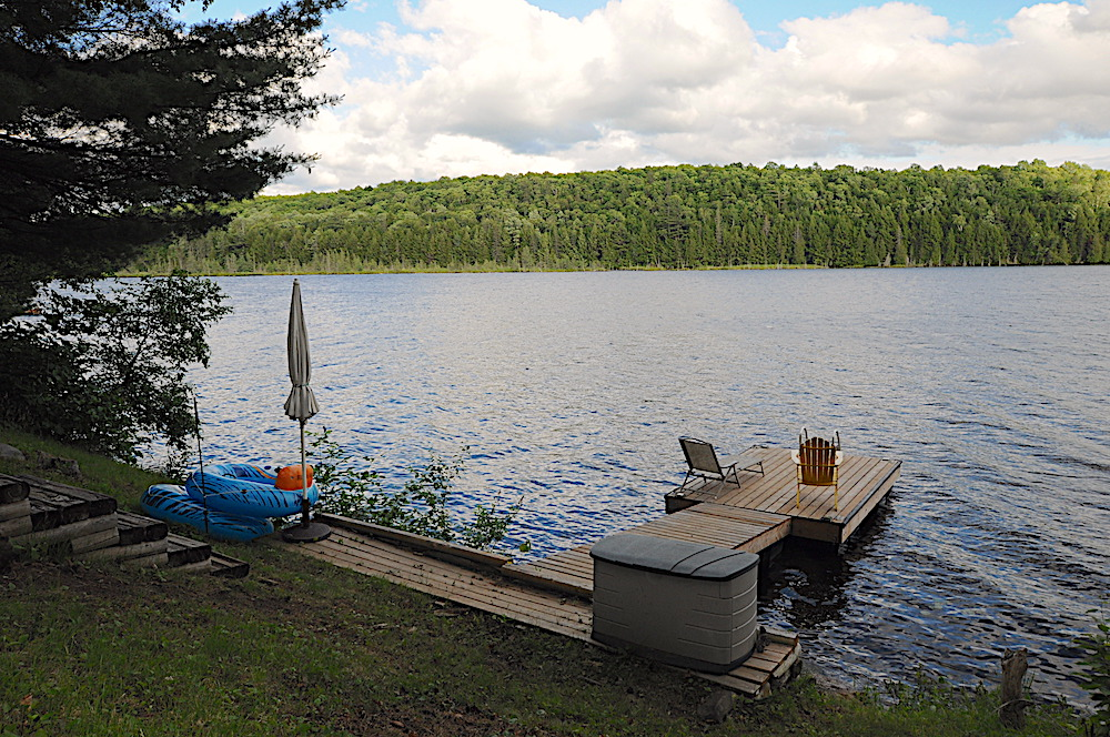 Contau Lake Swish Chalet - Haliburton Cottage - Beautiful Dockside View