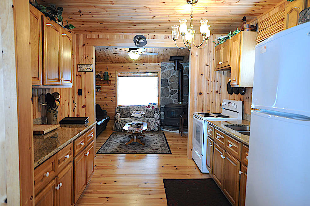 Blue Hawk Lake Blue Bell - Haliburton Cottage - Kitchen