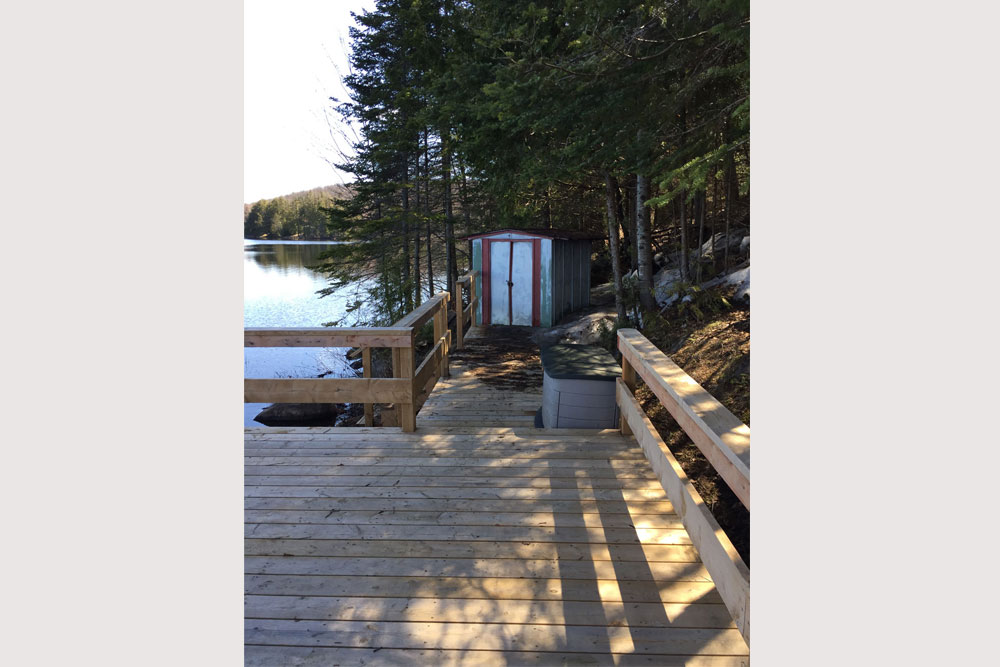 Blue Hawk Lake Blue Bell - Haliburton Cottage - Dock