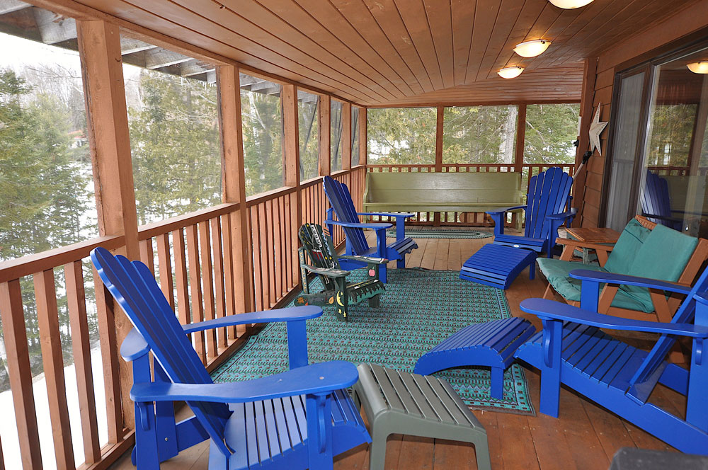 Haliburton Cottage - Gooderham Lake Into The Woods - Screened-in-porch-view-2