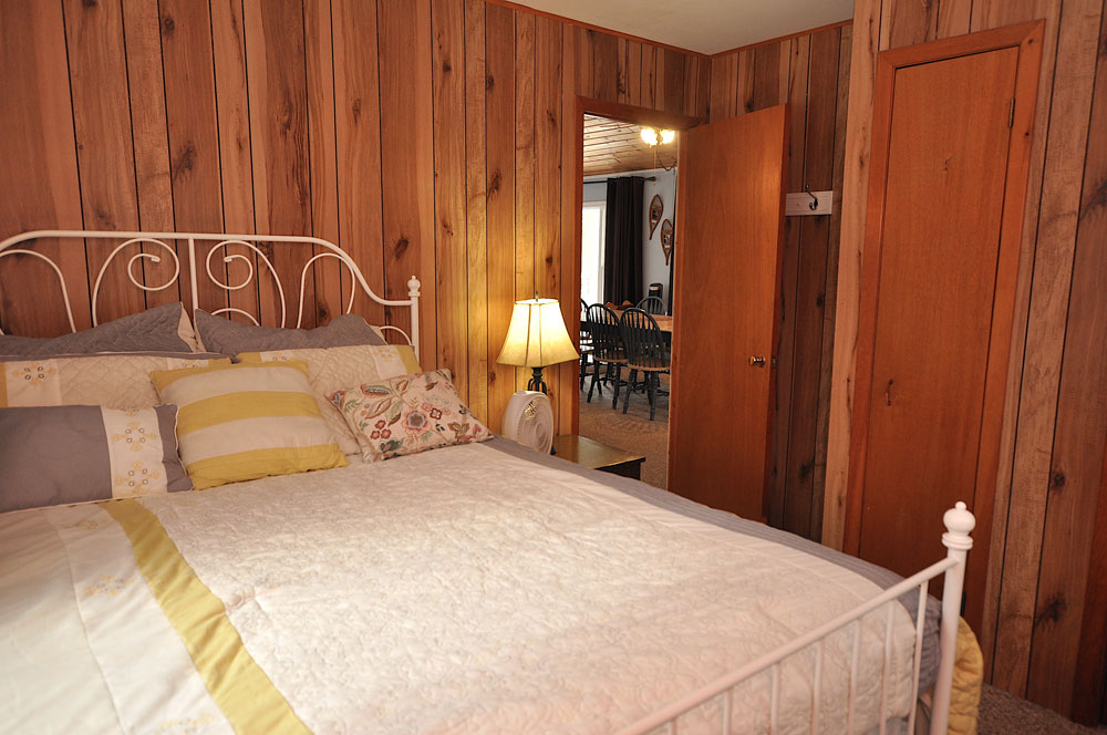 Haliburton Cottage - Gooderham Lake Into The Woods - Bedroom-1-Queen-Bed-view-2