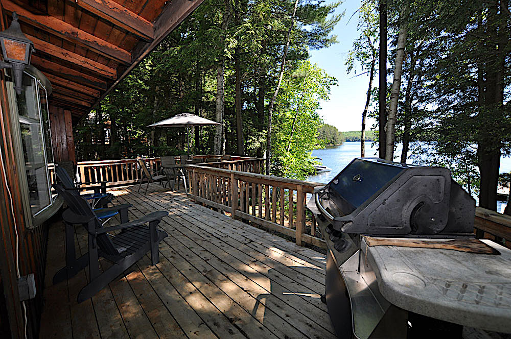 5-Kennisis-Lake-Pine-Point-Bay---BBQ-