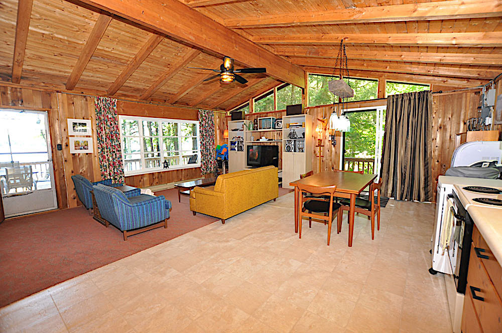 9-Kennisis-Lake-Pine-Point-Bay---Living-room-view-to-the-lake