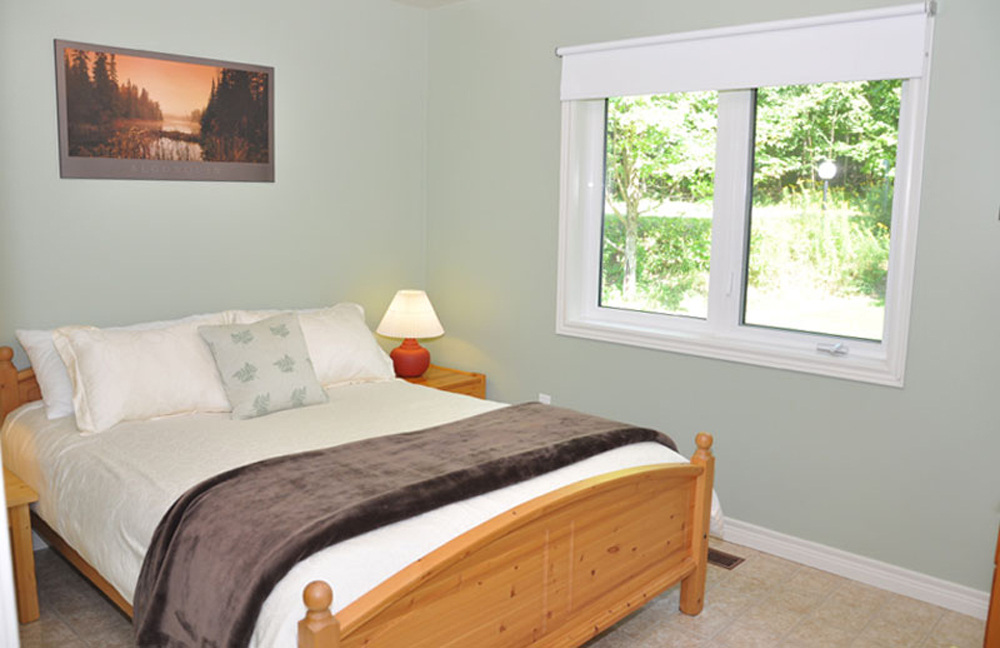Haliburton Cottage - Soyers Lake Serenity - Bedroom 2 Queen