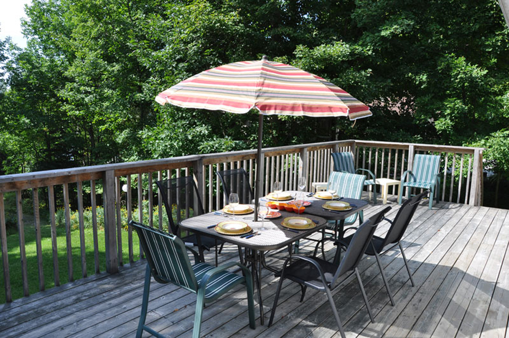Haliburton Cottage - Soyers Lake Serenity - Deck