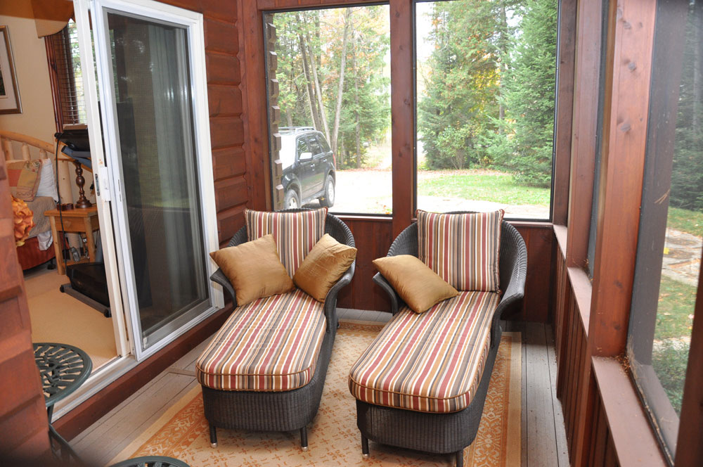 19-Sunroom off MBR