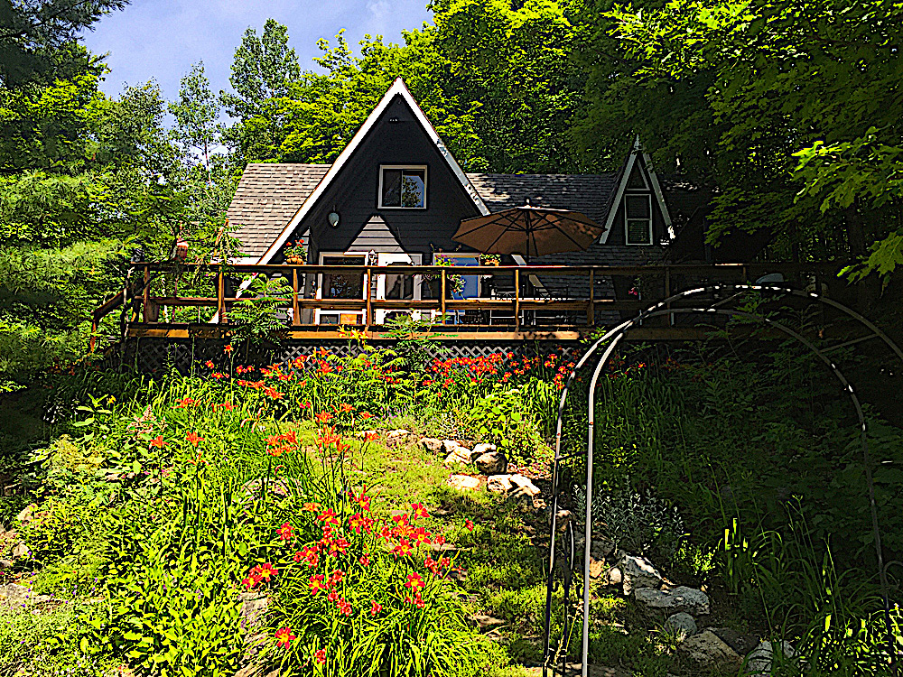 1-Kazway-Chalet-on-Eagle-Cottage