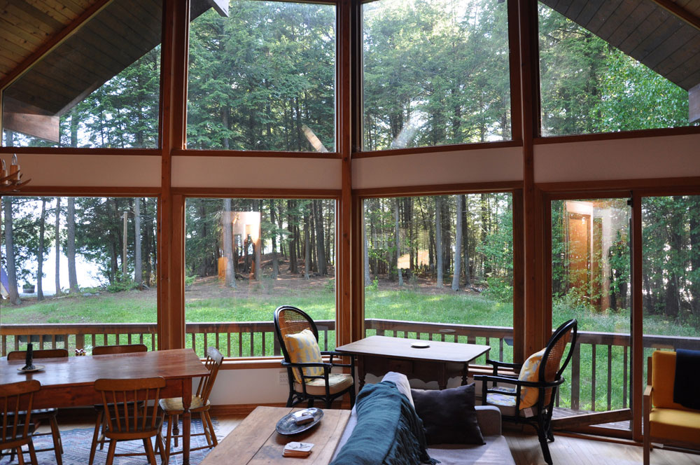 Haliburton Cottage - Kawagama Lake - Driftwood Bay - View through Windows