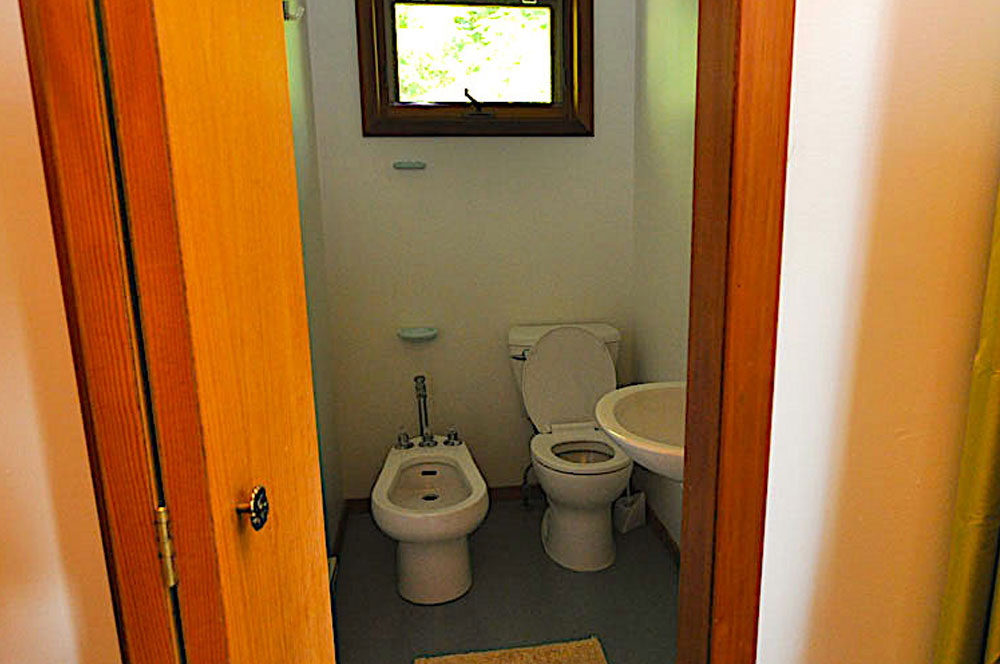 Haliburton Cottage - Kawagama Lake - Driftwood Bay - Ensuite-bathroom