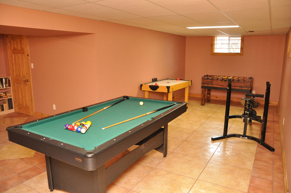 11-Games-Room