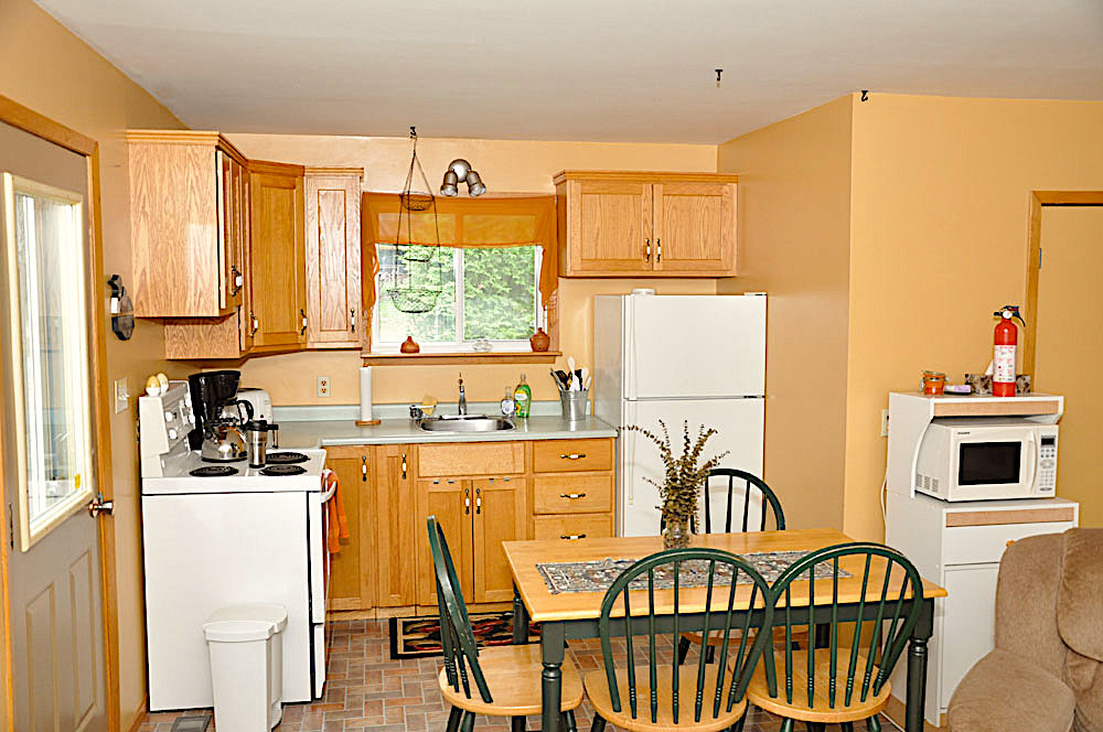 18-Guest House Kitchen
