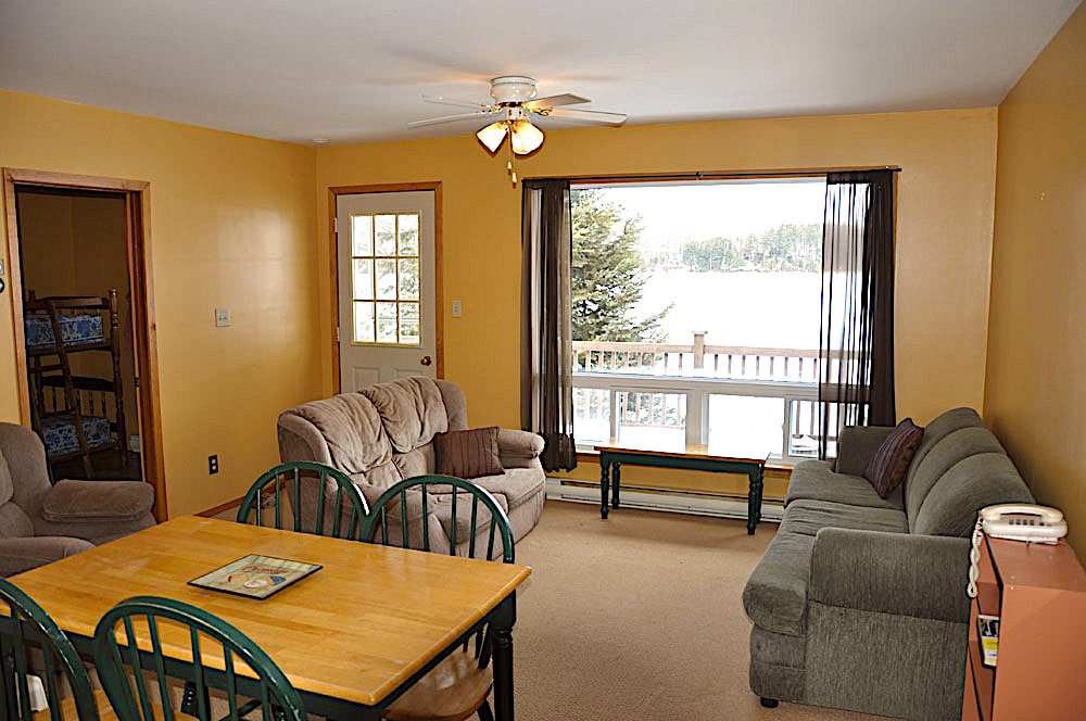 19-Guest House Living room