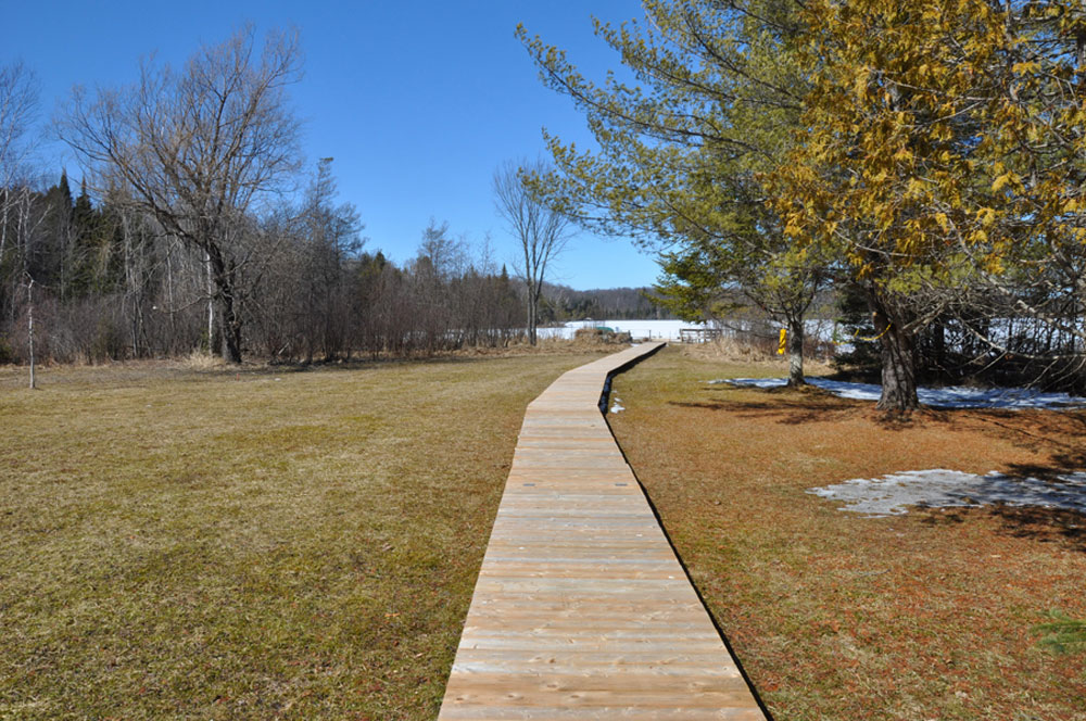 19-Boardwalk to Lake