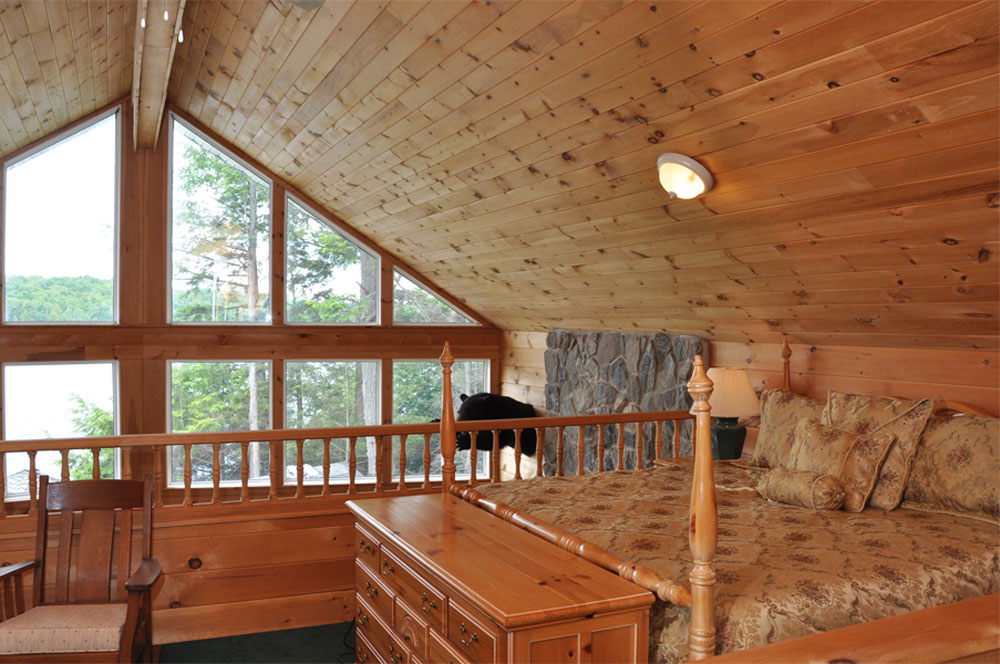 Haliburton Cottage - Allen Lake - Harrisons Haven Loft with King Bed - view 1