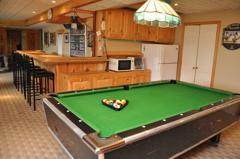 21-Rec Room Pool Table