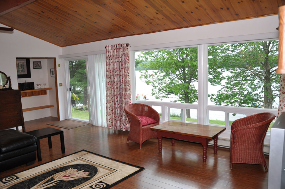 10-Living room with view of the Lake