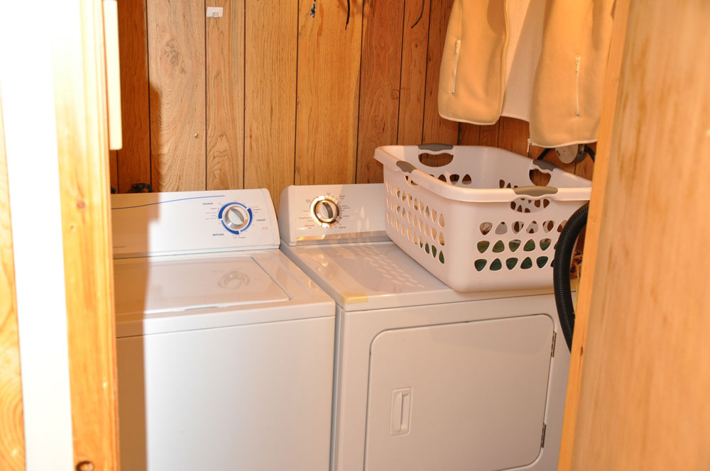 18-Laundry Machines
