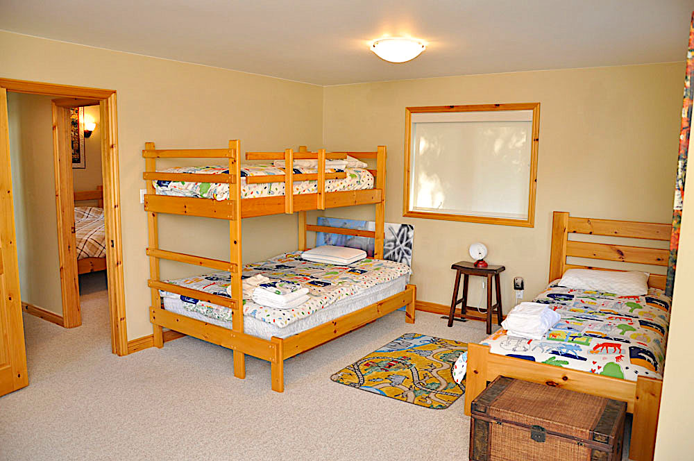 17-Childrens bedroom & play room