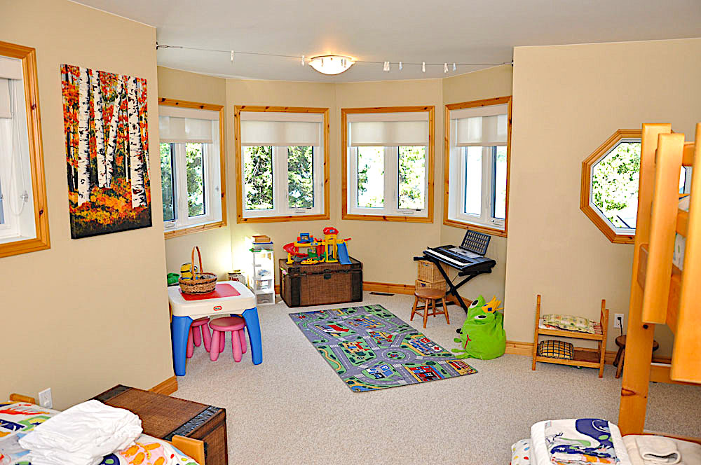 18-Childrens Bedroom play room
