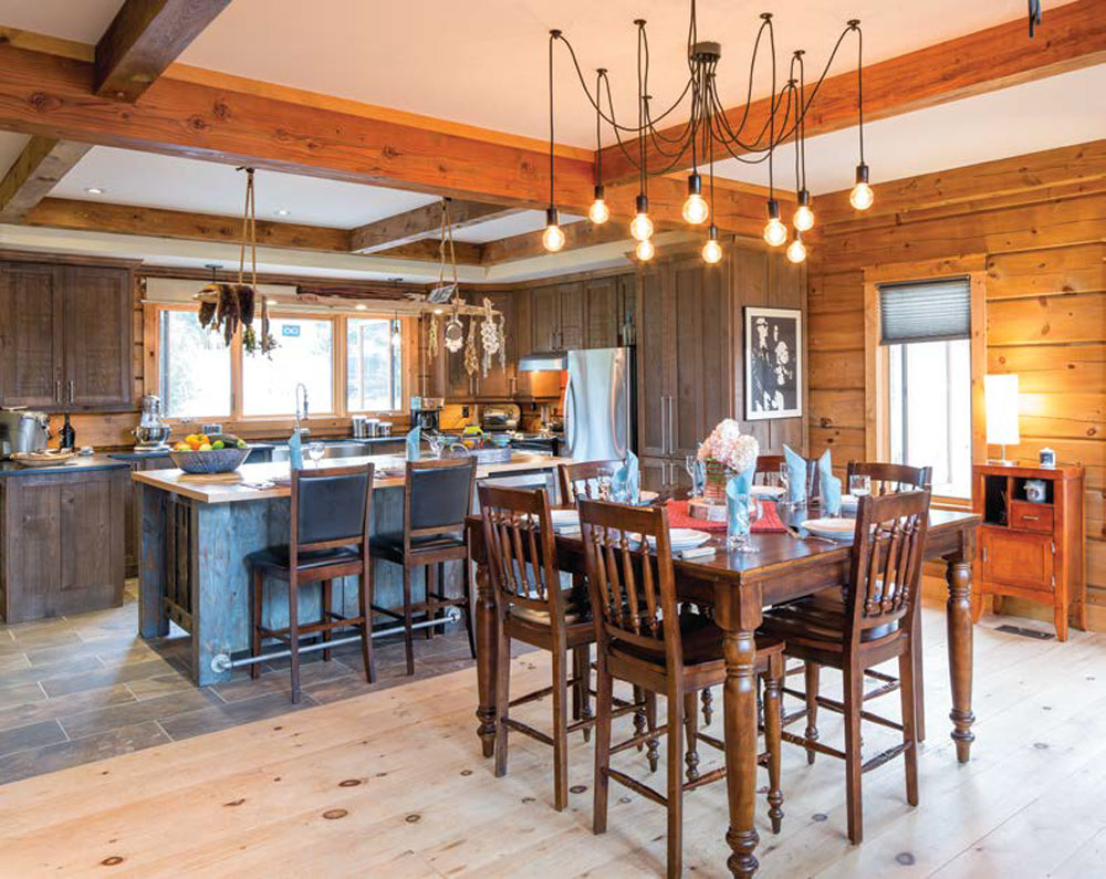 Kawartha Cottage - Pigeon Lake - Kotedza Lago - kitchen and dining