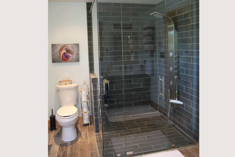 Kawartha Cottage - Pigeon Lake - Kotedza Lago-Loft Ensuite Shower