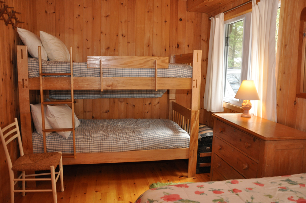15a Bedroom 2 - view 2 of single bunks