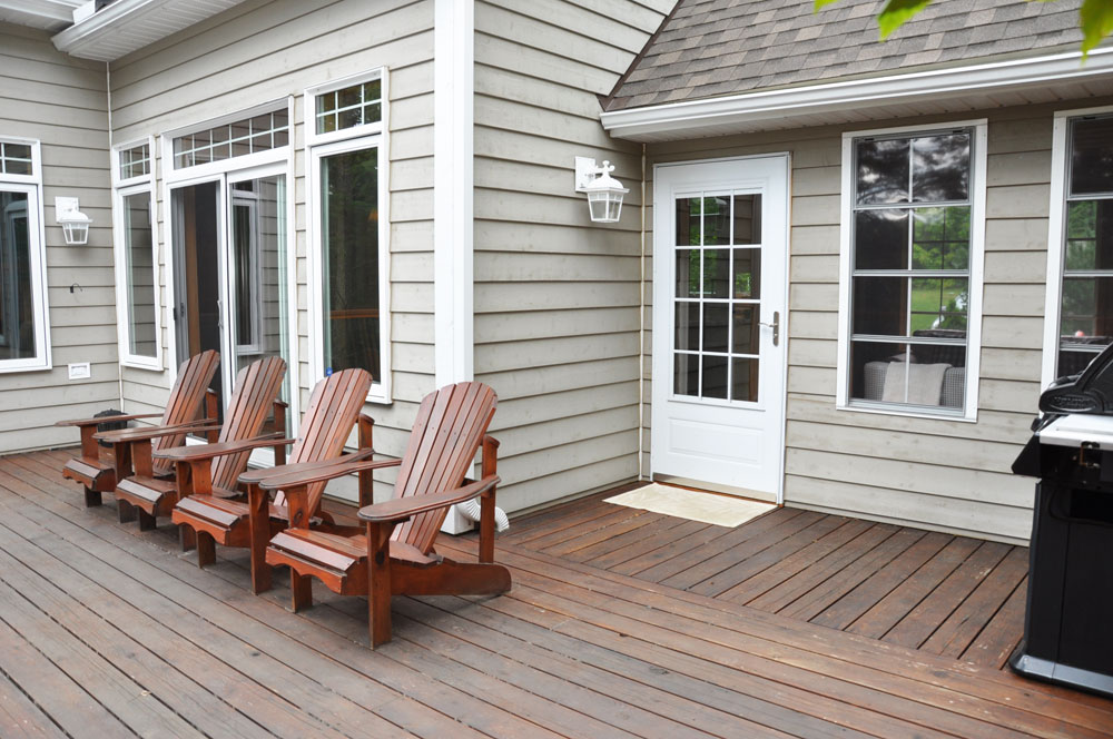 25a-View-2-front-deck
