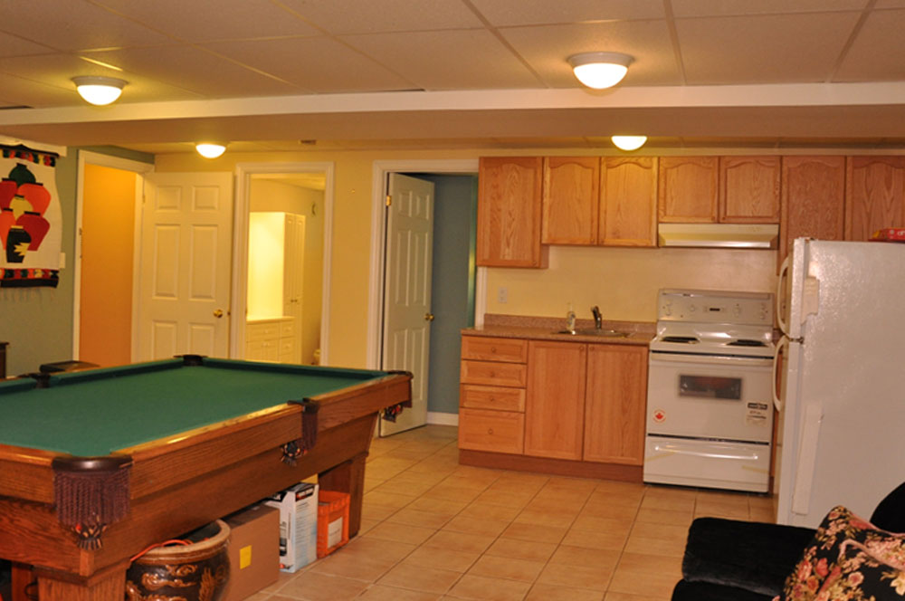 18-Lower-level-Kitchenette